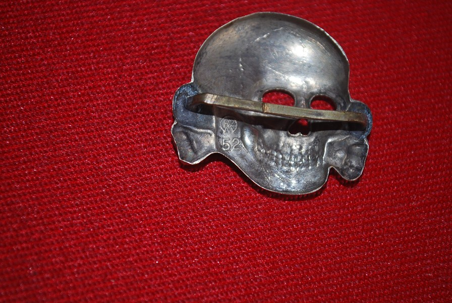 WW2 GERMAN SS HAT EAGLE AND SKULL INSIGNIA-SOLD