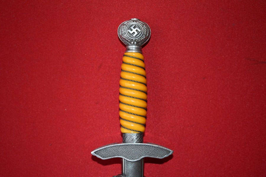 WW2 GERMAN LUFTWAFFE DAGGER 2ND PATTERN NO 2 - SOLD