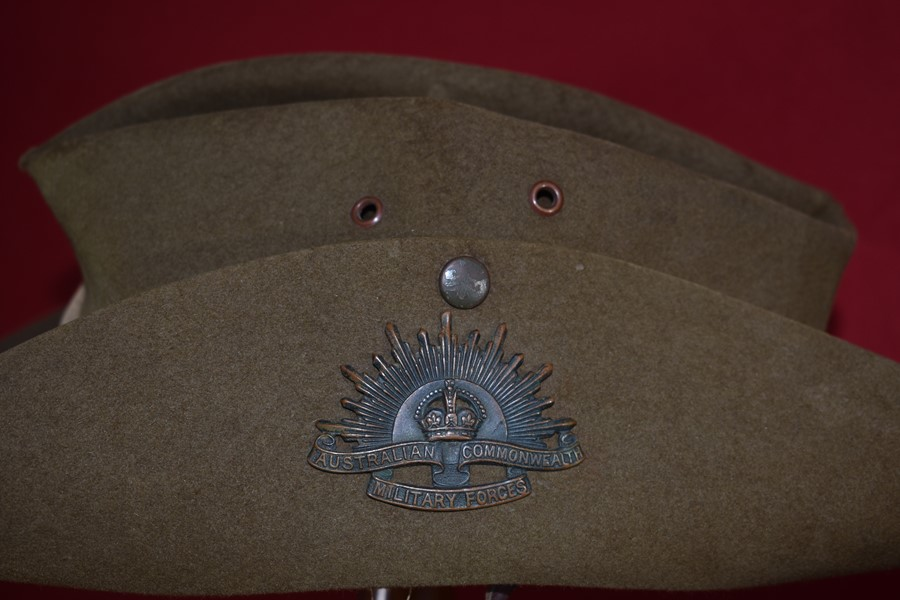 AUSTRALIAN SLOUCH HAT WW2..-SOLD 3084559bc91