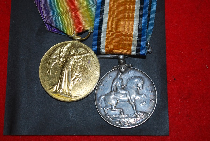 WW1 BRITISH PAIR OF MEDALS-SOLD