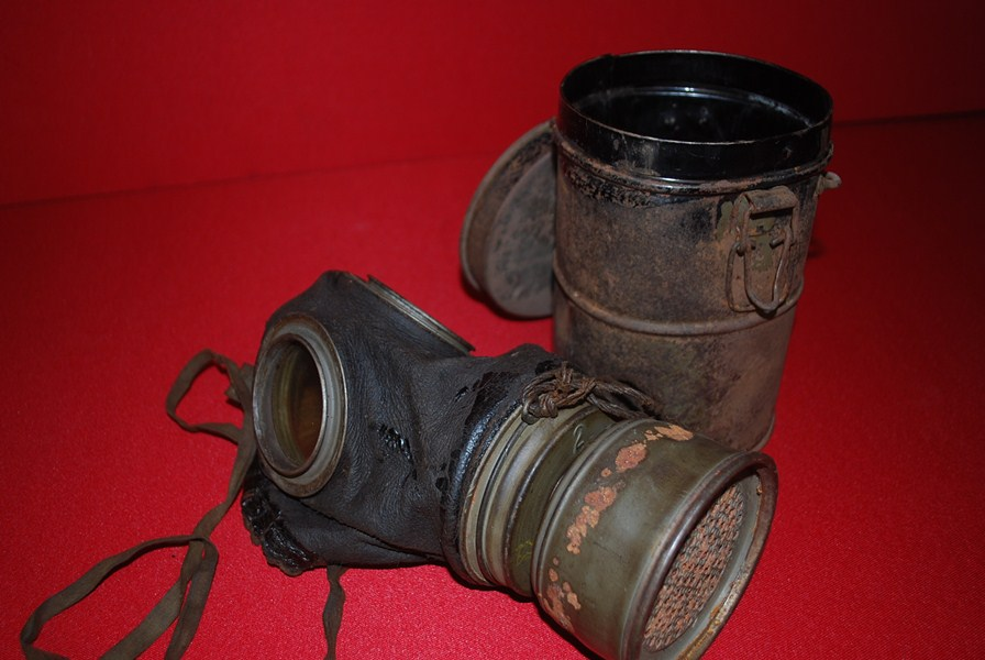 WW1 GERMAN GASMASK AND CANNISTER-SOLD