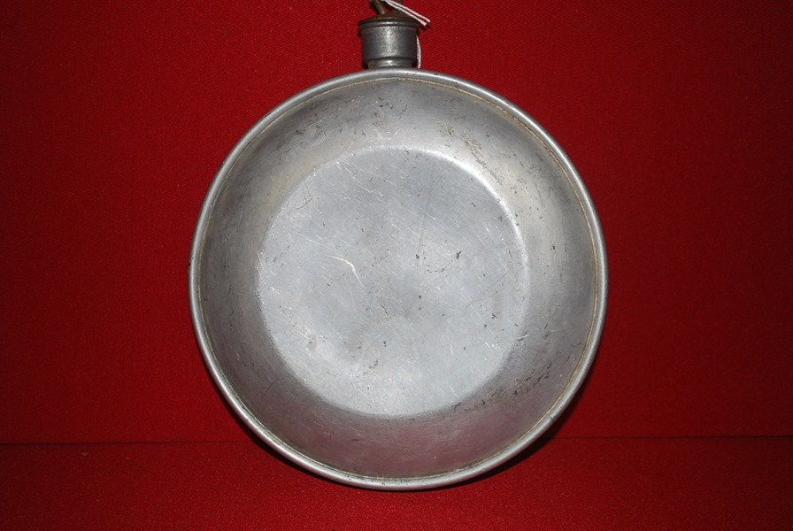 WW1 US CANTEEN-SOLD