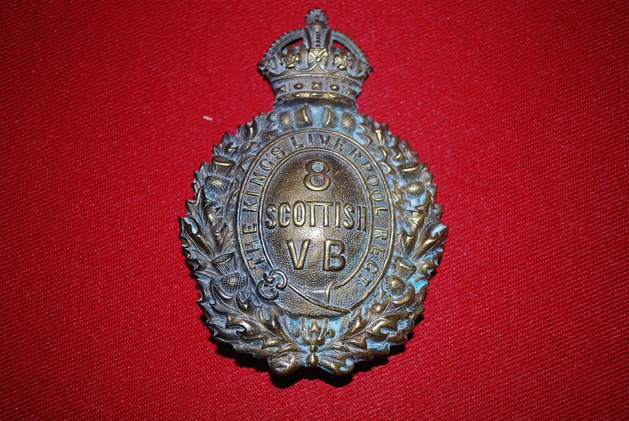 HELMET PLATE KINGS LIVERPOOL REGT