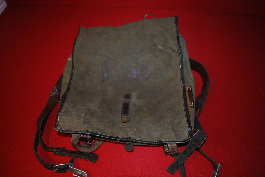 WW 2 GERMAN SOLDIERS BACK PACK