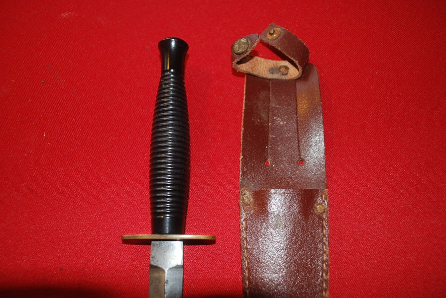 WW2 TYPE 3 FAIRBURN SYKES FIGHTING KNIFE.b-SOLD