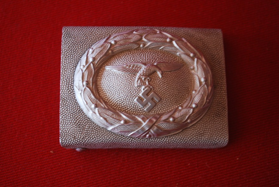 WW2 GERMAN LUFTWAFFE BELT BUCKLE. g-SOLD
