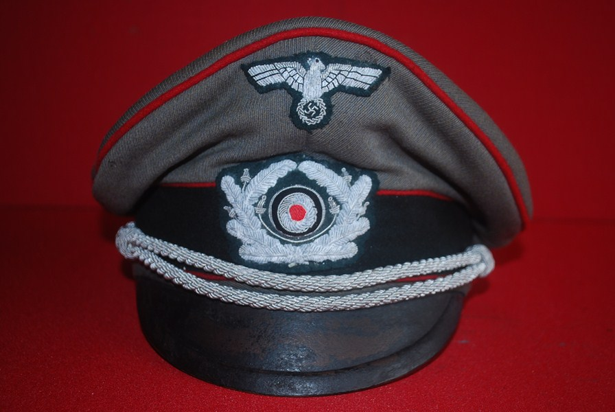 WW2 GERMAN ARMY OFFICER PEAK HAT
