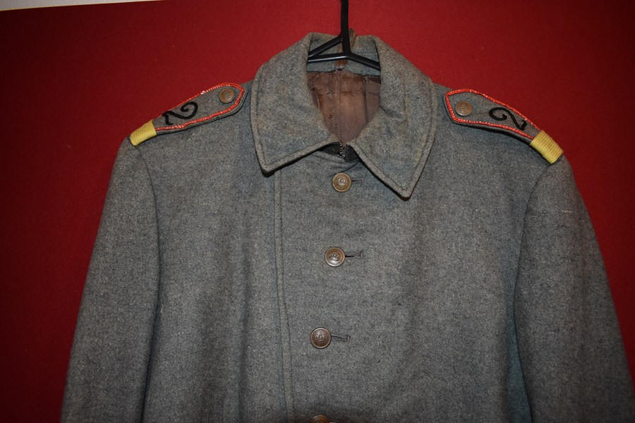 WW1 GERMAN SOLDIERS COMBAT TUNIC-SOLD