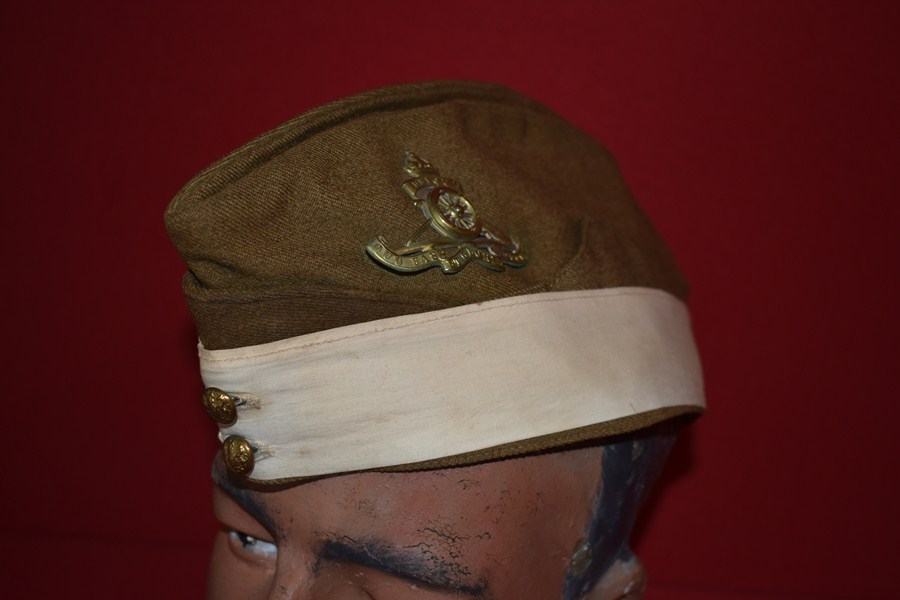 WW2 ARTILLERY OFFICERS SIDE CAP WITH WHITE BAND-SOLD