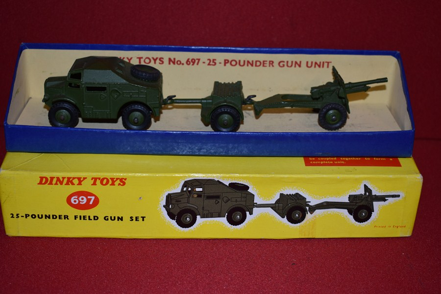 DINKY TOYS 25 PDR BOXED FIELD GUN SET-SOLD