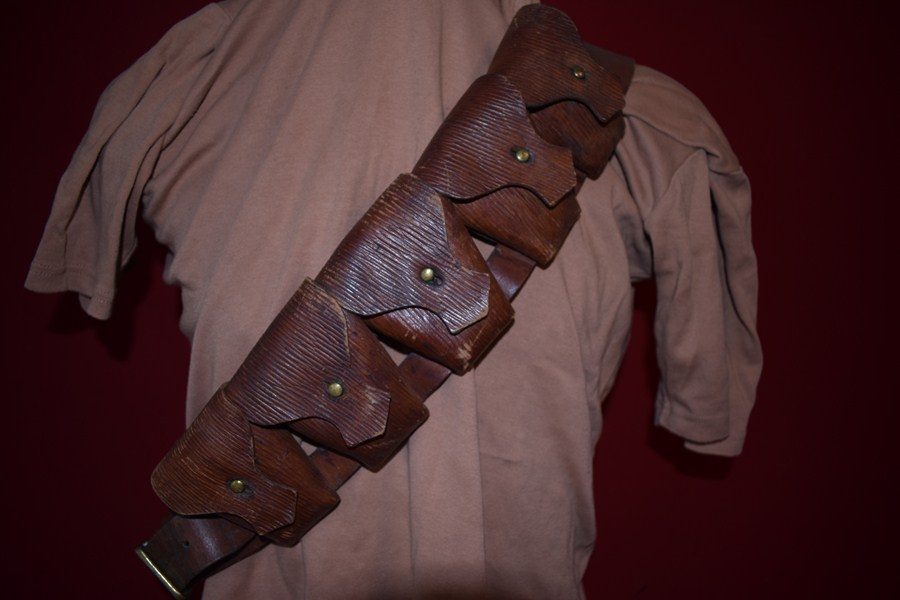 WW1 AUSTRALIAN LIGHT HORSE 9 POCKET BANDOLEER-SOLD