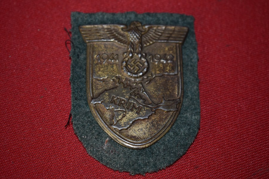 WW2 GERMAN KRIM SHIELD. b