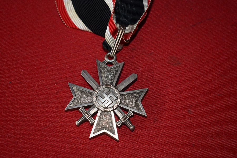 KNIGHTS CROSS TO THE WAR MERIT CROSS JEWELLERS COPY