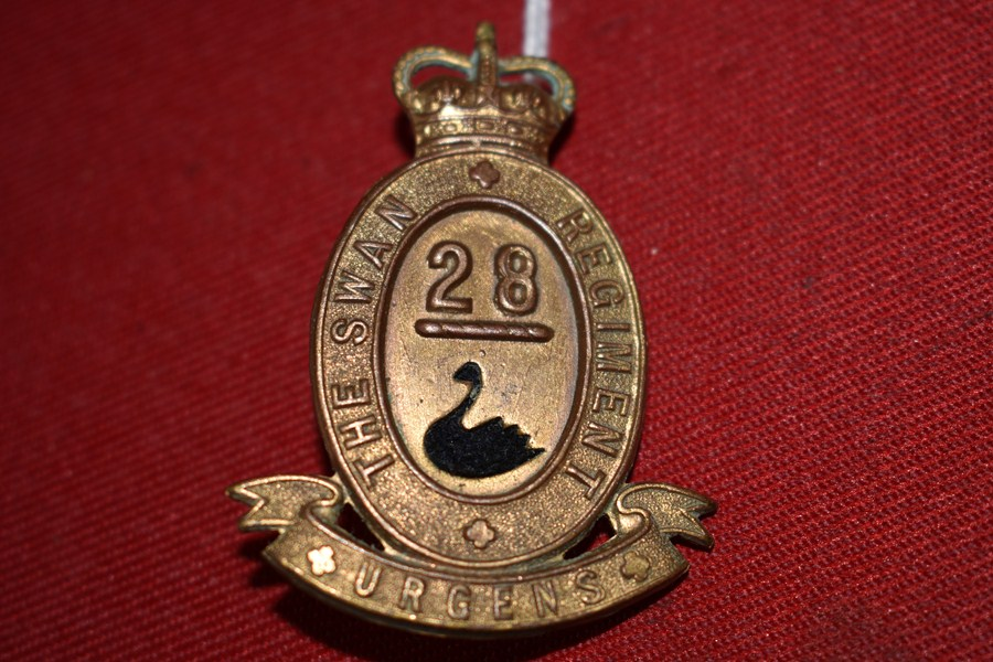 AUSTRALIAN ARMY HAT BADGE. 28BN THE SWAN REGIMENT. 53-60..-SOLD