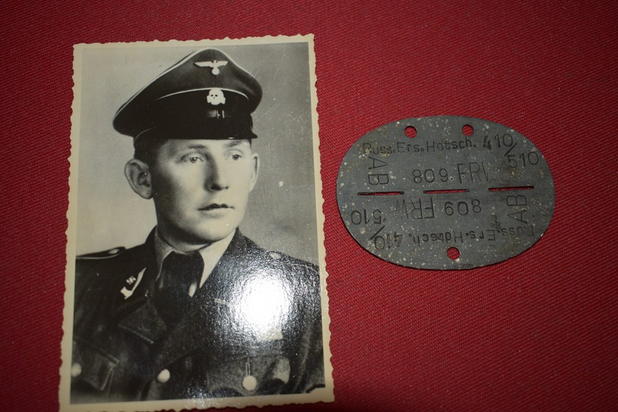 WW2 GERMAN SS HANDSCHAR CROATION DIVISION DOG TAG AND PHOTO