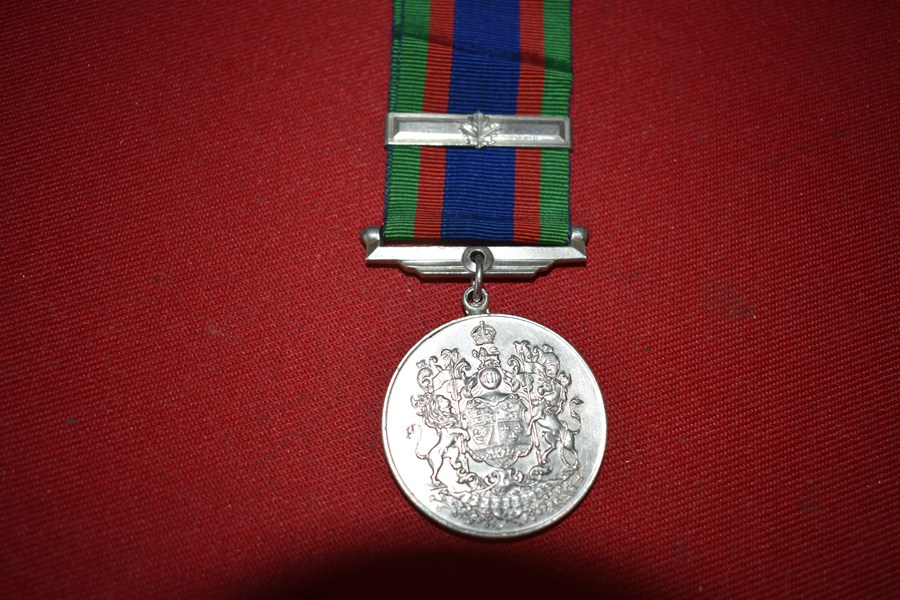 WW2 CANADIAN SERVICE MEDAL-SOLD