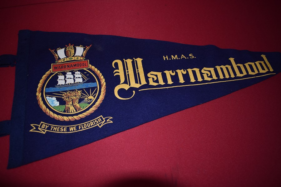 WW2 AUSTRALIAN NAVY PENNANT HMAS WARRNAMBOOL