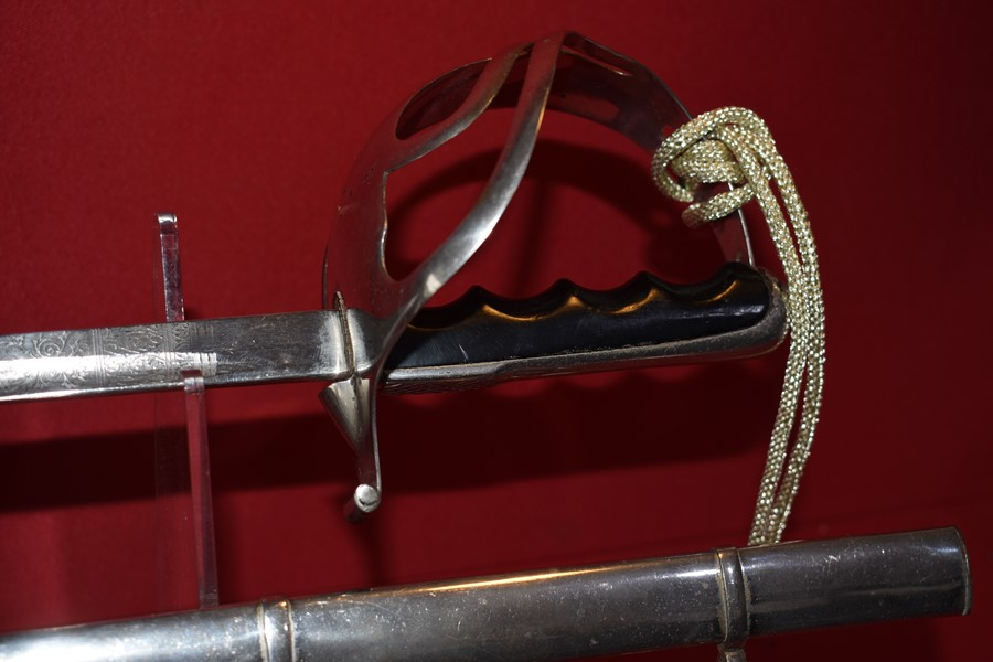 WW2 ITALIAN ARMY OFFICERS SWORD WITH HANGERS-SOLD