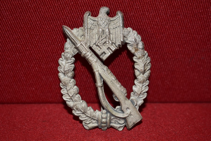WW2 GERMAN INFANTRY ASSAULT BADGE IN SILVER-SOLD