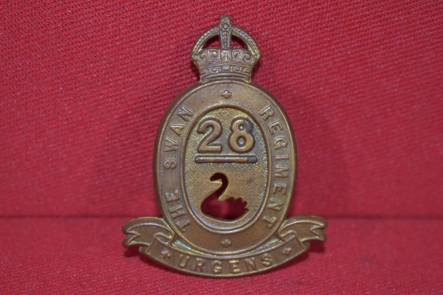 28 BATTALION HAT BADGE 30-42 KINGS CROWN