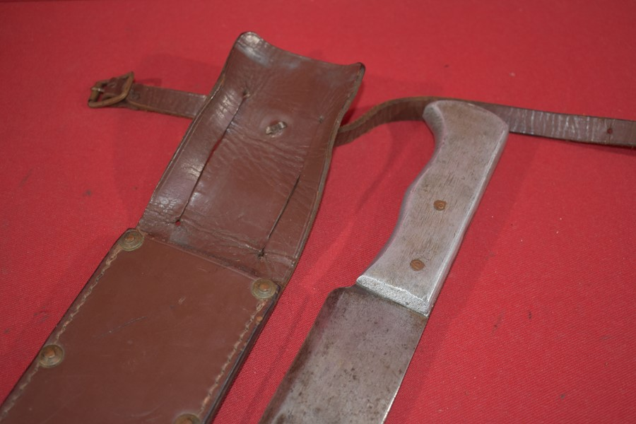 WW2 RAAF PILOTS ESCAPE MACHETTE