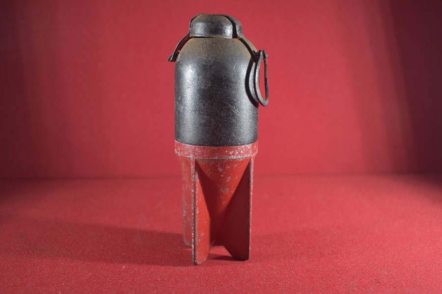 WW2 ITALIAN M35 RED DEVIL GRENADE- DE ACTIVATED