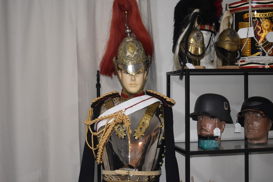 HOUSEHOLD CAVALRY (BLUES AND ROYALS) COMPLETE UNIFORM AND HELMET GROUPING