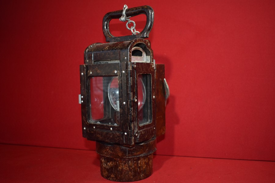 WW2 GERMAN ARMY BAKELITE CARBIDE TRENCH LANTERN