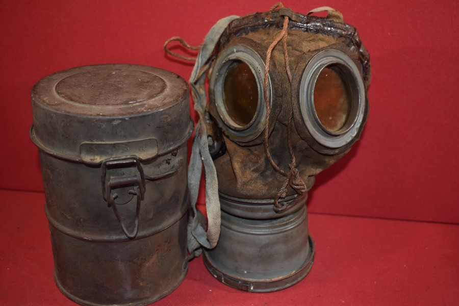 WW1 GERMAN SOLDIERS GAS MASK, STRAPS AND CANISTER.-SOLD