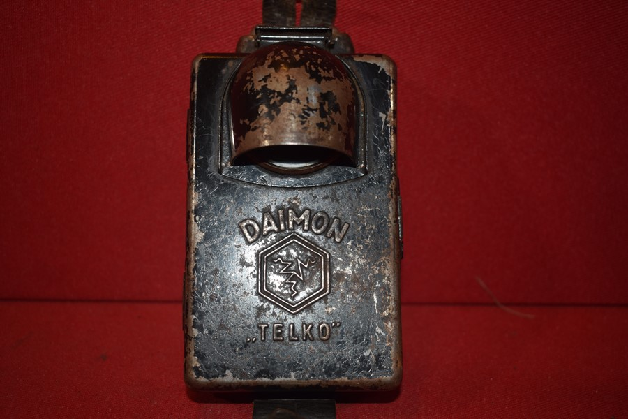 WW2 GERMAN SOLDIERS DAIMON TORCH-SOLD