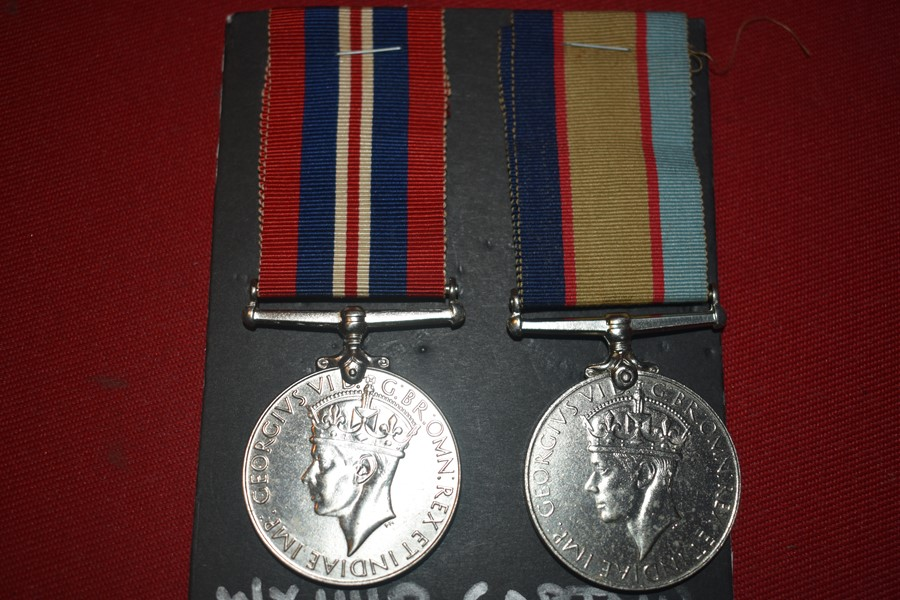 WW2 AUSTRALIAN MEDAL PAIR TO A CAPTAIN 2/10 ARMOURED REGIMENT.