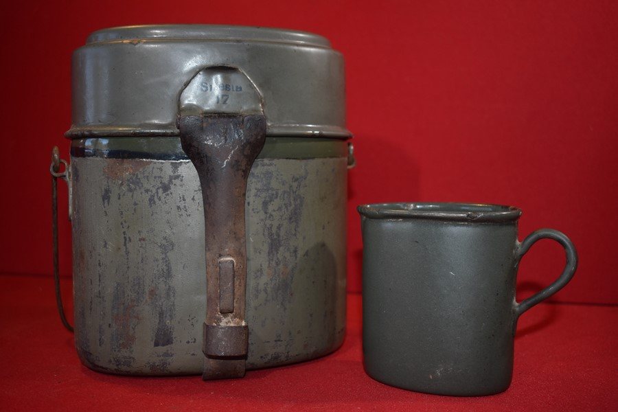 WW1 GERMAN SOLDIERS ENAMEL MESS TIN AND DRINKING CUP-SOLD