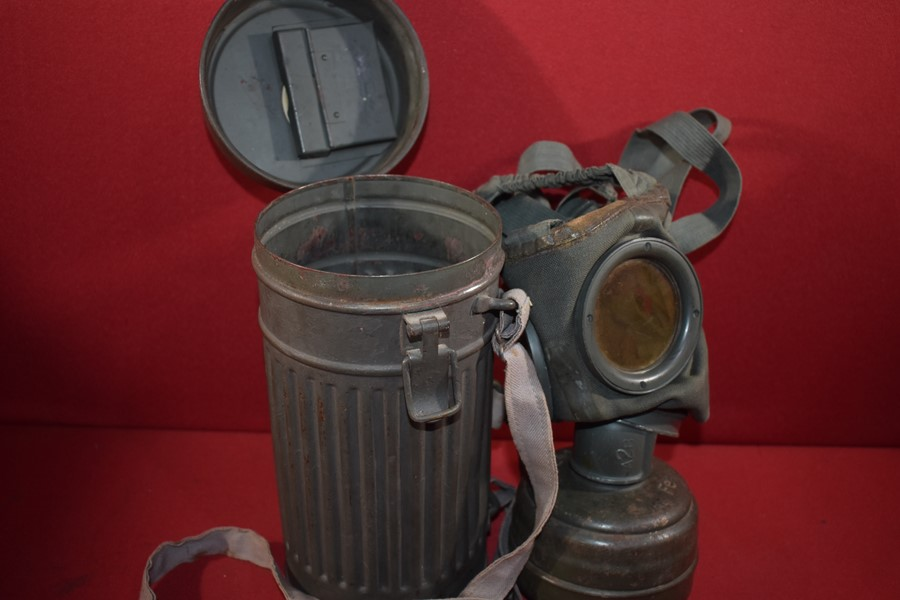 WW2 GERMAN GAS MASK,CANNISTER AND STRAPS.-SOLD