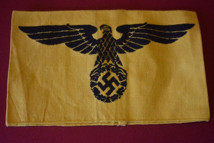 WW2 GERMAN ARMY YELLOW ARMBAND (CIVILIAN IN SERVICE)