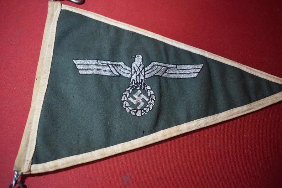WW2 GERMAN ARMY STAFF CAR PENNANT