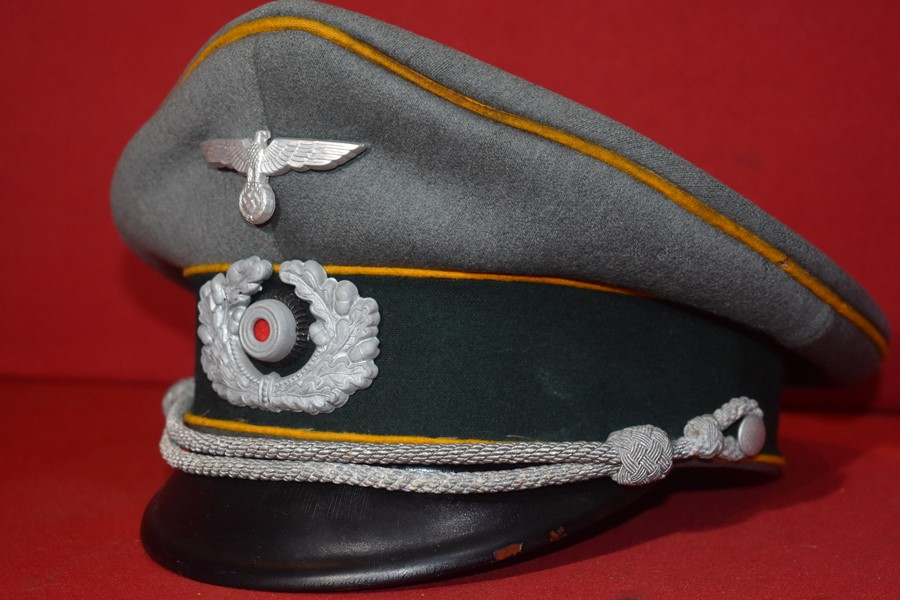 WW2 GERMAN CAVALRY OFFICERS VISOR HAT