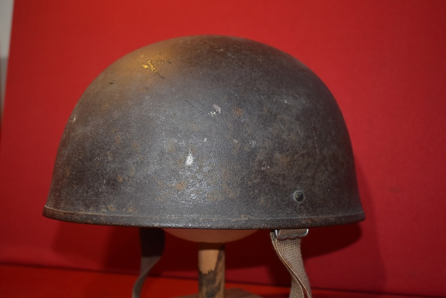 COLD WAR PERIOD BRITISH ARMOURED CREWMANS HELMET
