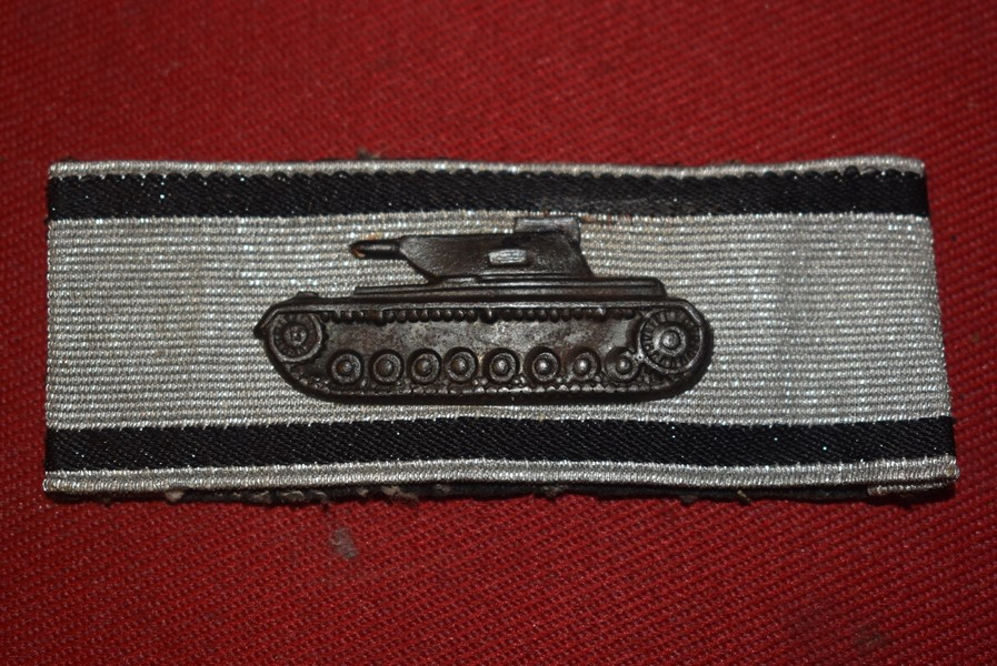 WW2 GERMAN TANK DESTRUCTION BADGE IN SILVER