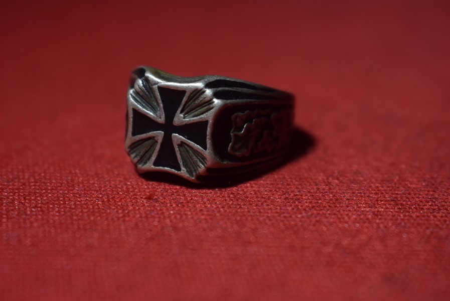WW1 GERMAN IRON CROSS RING
