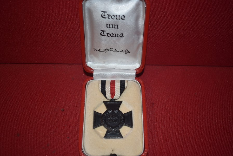 WW1 GERMAN NEXT OF KIN HONOUR CROSS IN ORIGINAL BOX OF ISSUE.