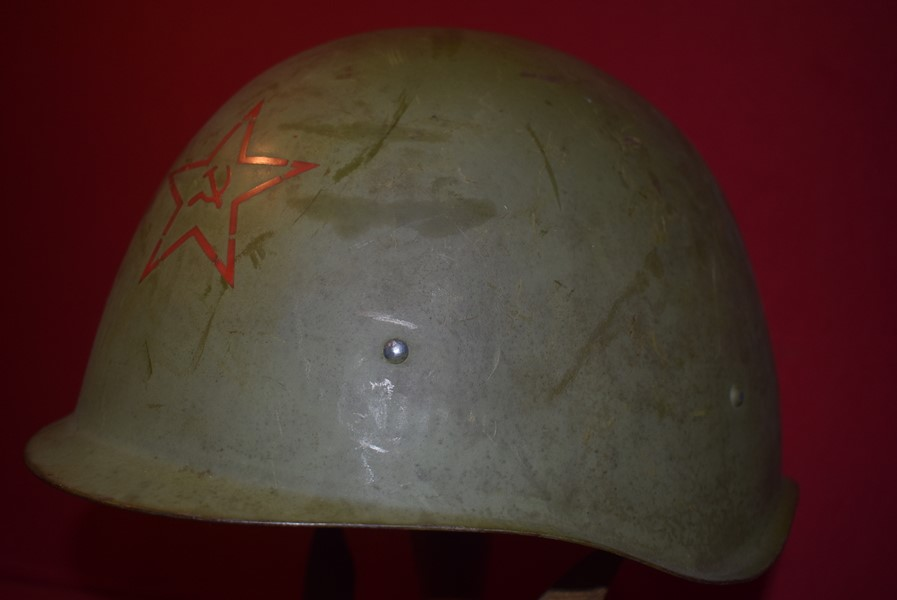 WW2 RUSSIAN SSH-40 HELMET