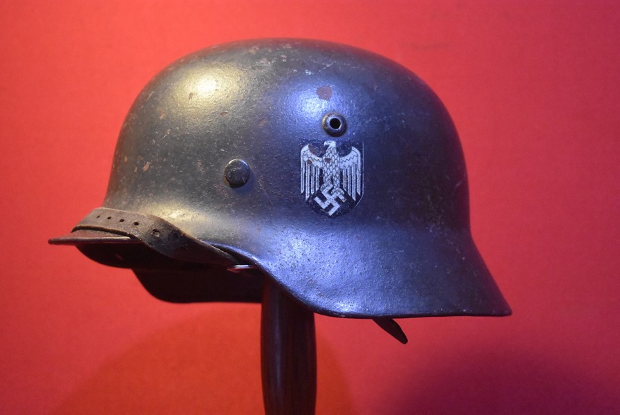 WW2 GERMAN M35 SINGLE DECAL ARMY HELMET