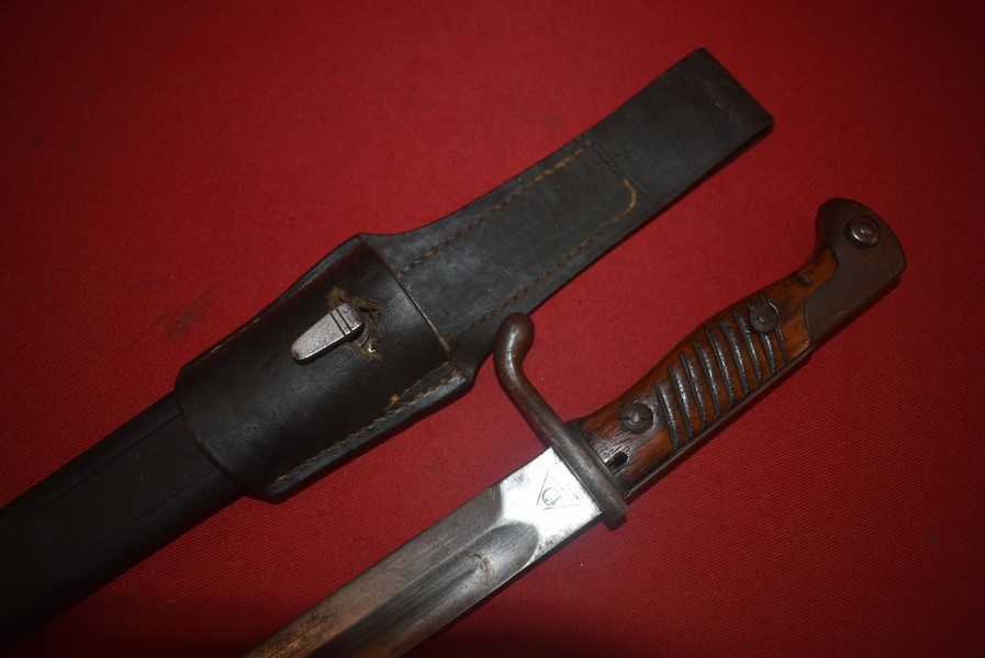 WW1 GERMAN 98/05 BUTCHER BAYONET DATED 1916-ON HOLD