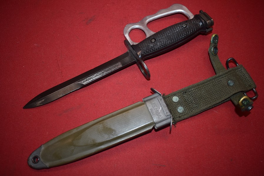 US M7 KNUCKLE GUARD BAYONET/FIGHTING KNIFE