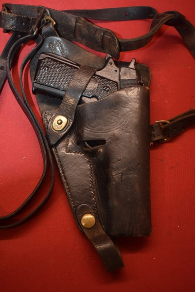WW2 US .45 CAL PARATROOPERS OR TANKERS SHOULDER HOLSTER