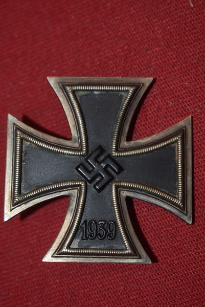 WW2 GERMAN IRON CROSS FIRST CLASS NO MAKERS MARKS-SOLD
