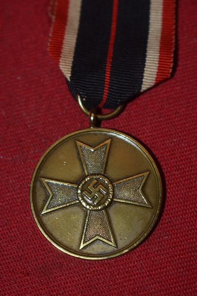 WW2 GERMAN WAR MERIT MEDAL WITH ORIGINAL RIBBON
