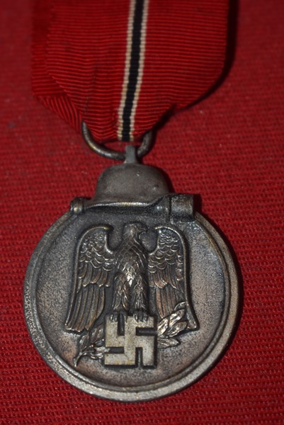 WW2 GERMAN EASTERN FRONT MEDAL