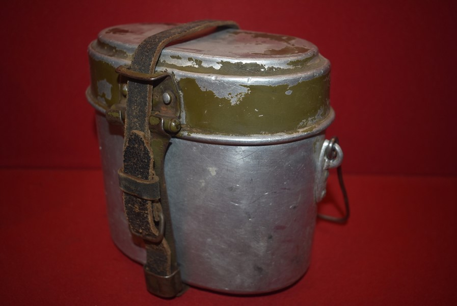 WW2 GERMAN SOLDIERS PERSONALIZED CANTEEN
