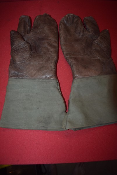 WW2 GERMAN SOLDIERS GLOVES DATED 1943-SOLD